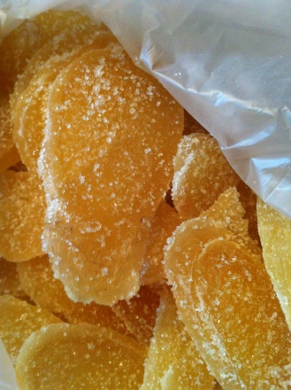 candied ginger slices