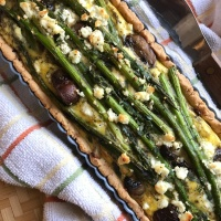 Celebrate Spring with this Asparagus Crimini Mushroom Herb Tart